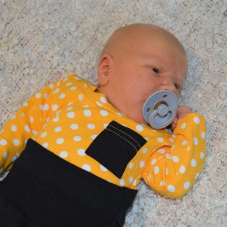 Kotimainen vauvan body