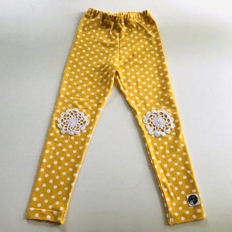 Keltaiset legginsit