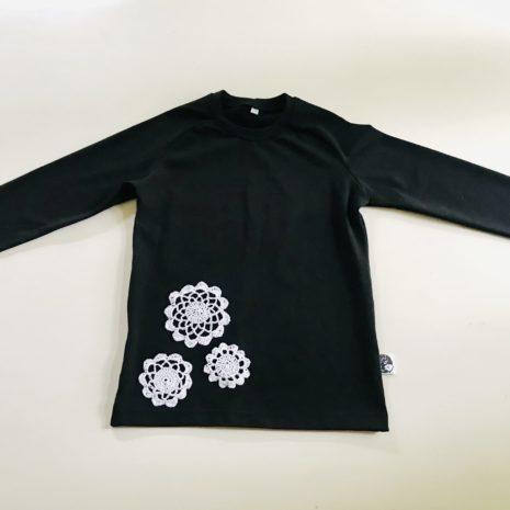 Kukkapaita musta