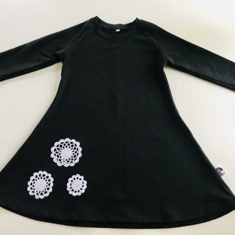 Musta mekkotunika
