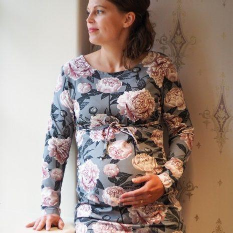 Kotimainen äitiystunika joustavasta trikoosta