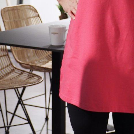Kotimainen pinkki trikootunika