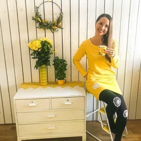 Kotimainen naisten ihana keltainen collegetunika