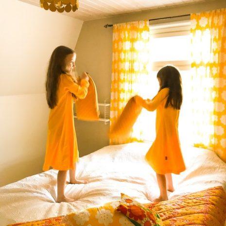 Kotimainen lasten yömekko YellowQuu